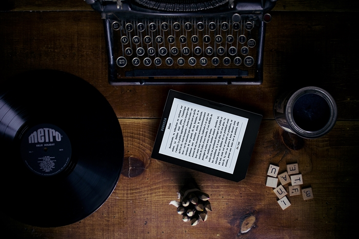 desk vintage cybook ereaderx