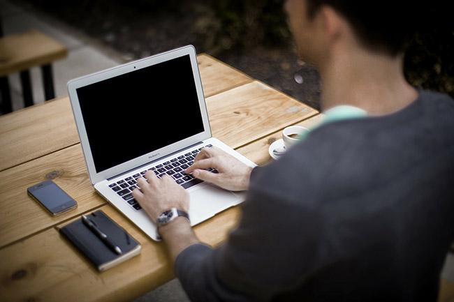 Dasung- e-papier, monitor do laptopa