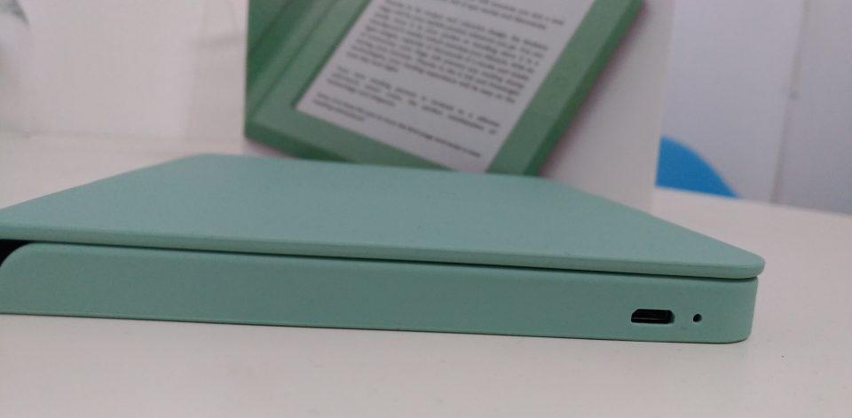 czytnik książek, ebook reader pdf, ebook reader , Bookeen Saga, czytnik ebooków, czytnik ebooków z podświetleniem, frontlight, ebook, czytnik książek elektronicznych, jaki czytnik ebookow,  Opakowanie, Bookeen Saga. Książka.