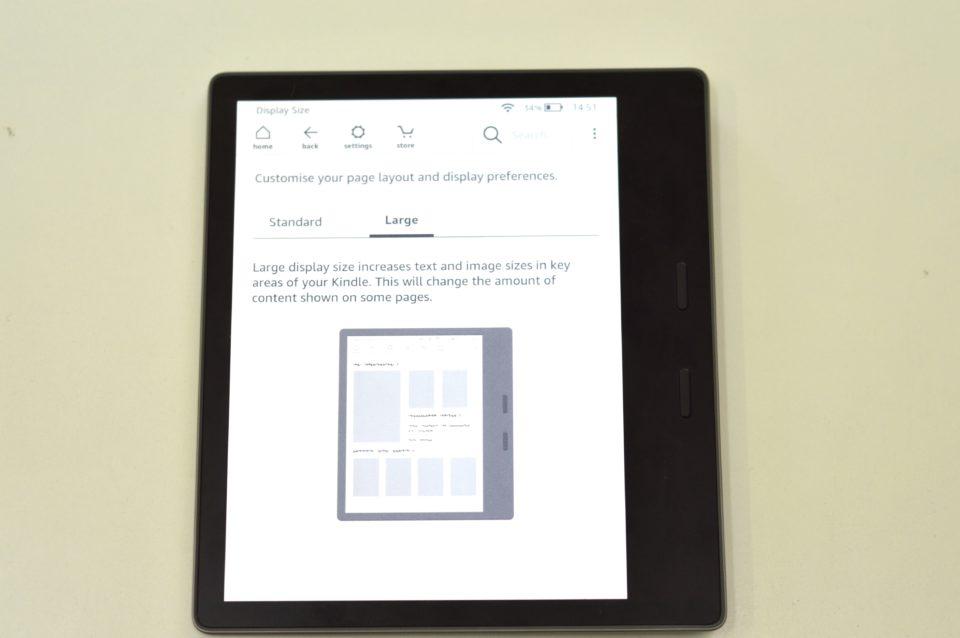 Powiększanie ekranu w Kindle Oasis 2 large.