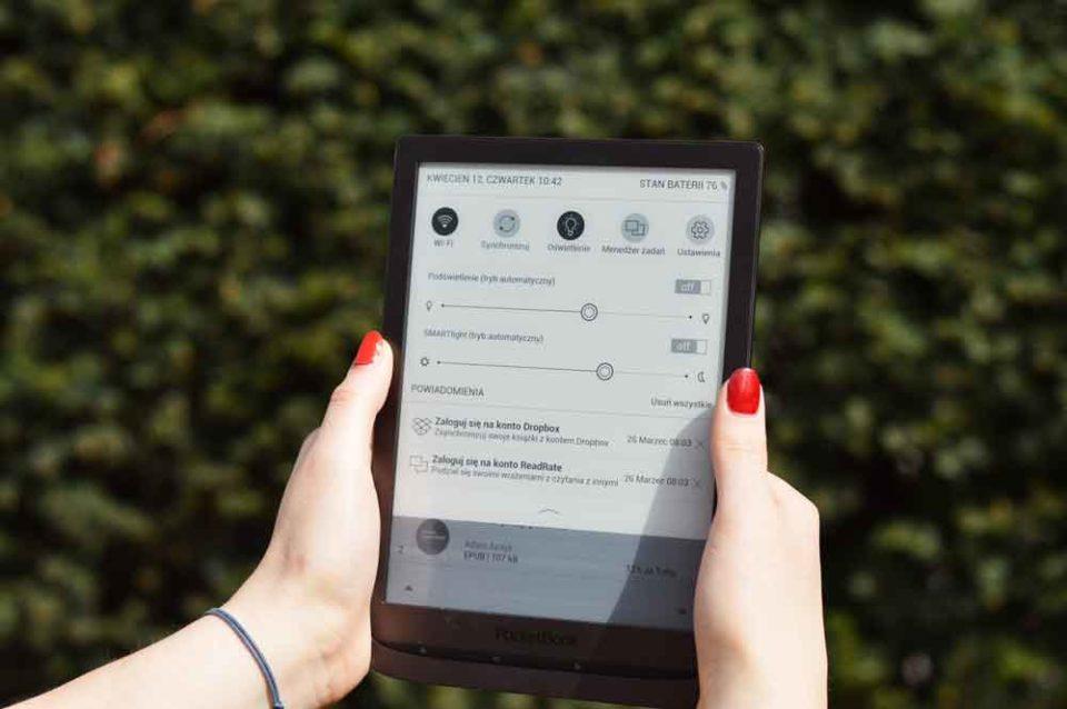 PocketBook InkPad 3 ustawienia podświetlenia