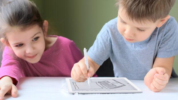 czytnik e-booków dla dziecka na dzień dziecka