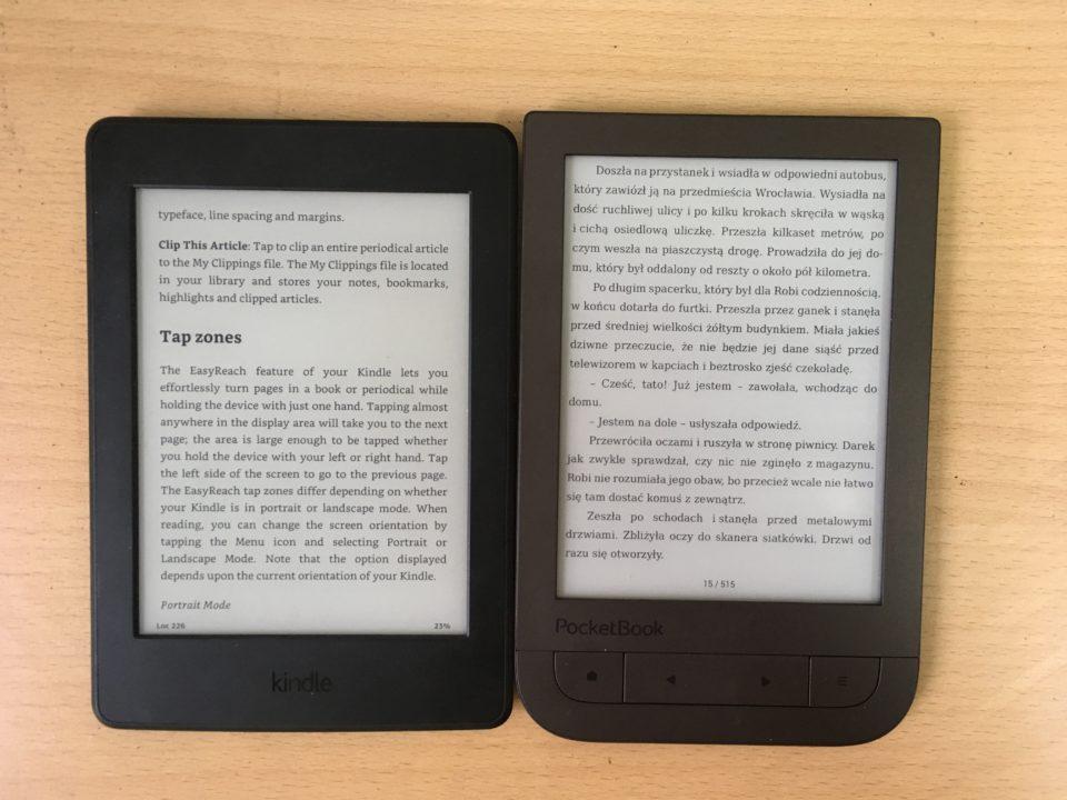 porównanie ekrnaów czytników Kindle Paperwhite 3 i PocetBook Touch HD 2