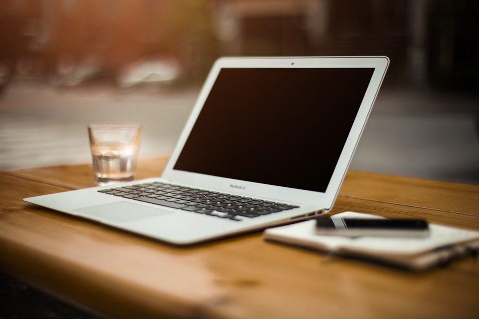 wgrywanie ebooków za pomoca komputera