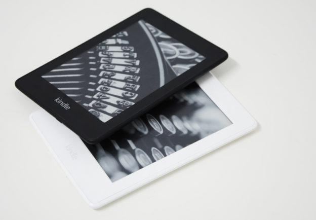 czytnik Kindle Paperwhite 4 amazon i Kindle Paperwhite 3 porównanie.