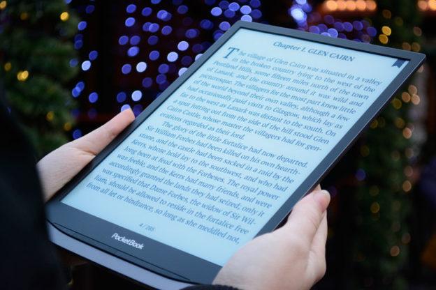PocketBook InkPad X to czytnik z ekranem 10,3-cala doskonały do PDF.