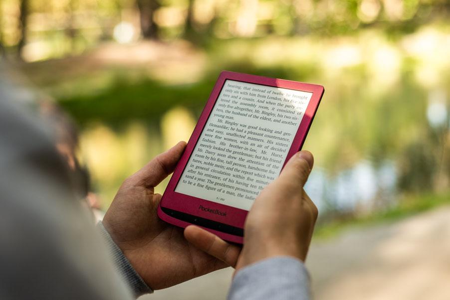 Czytnik e-booków pocketbook touch lux 5 z ekranem 6 cali.