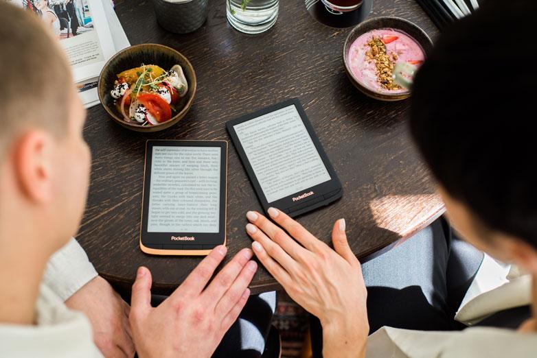 Porównanie wszystkich czytników PocketBook dostępnych w 2021 roku