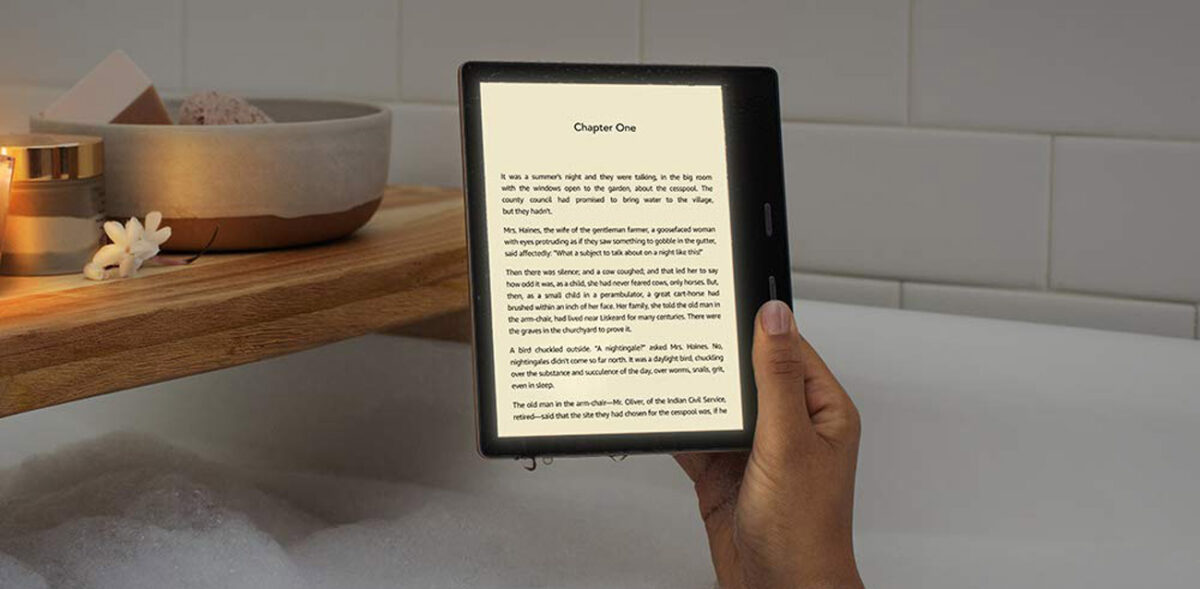 Kindle Oasis 7-calowy czytnik e-booków od marki Amazon. Wodoodporny.