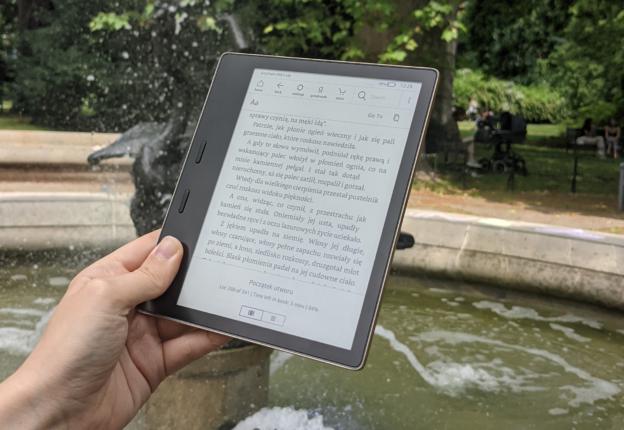 Kindle Oasis 3 czytnik e-booków wododpornu